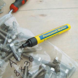 Marker permanentni 1.5-3mm, crni